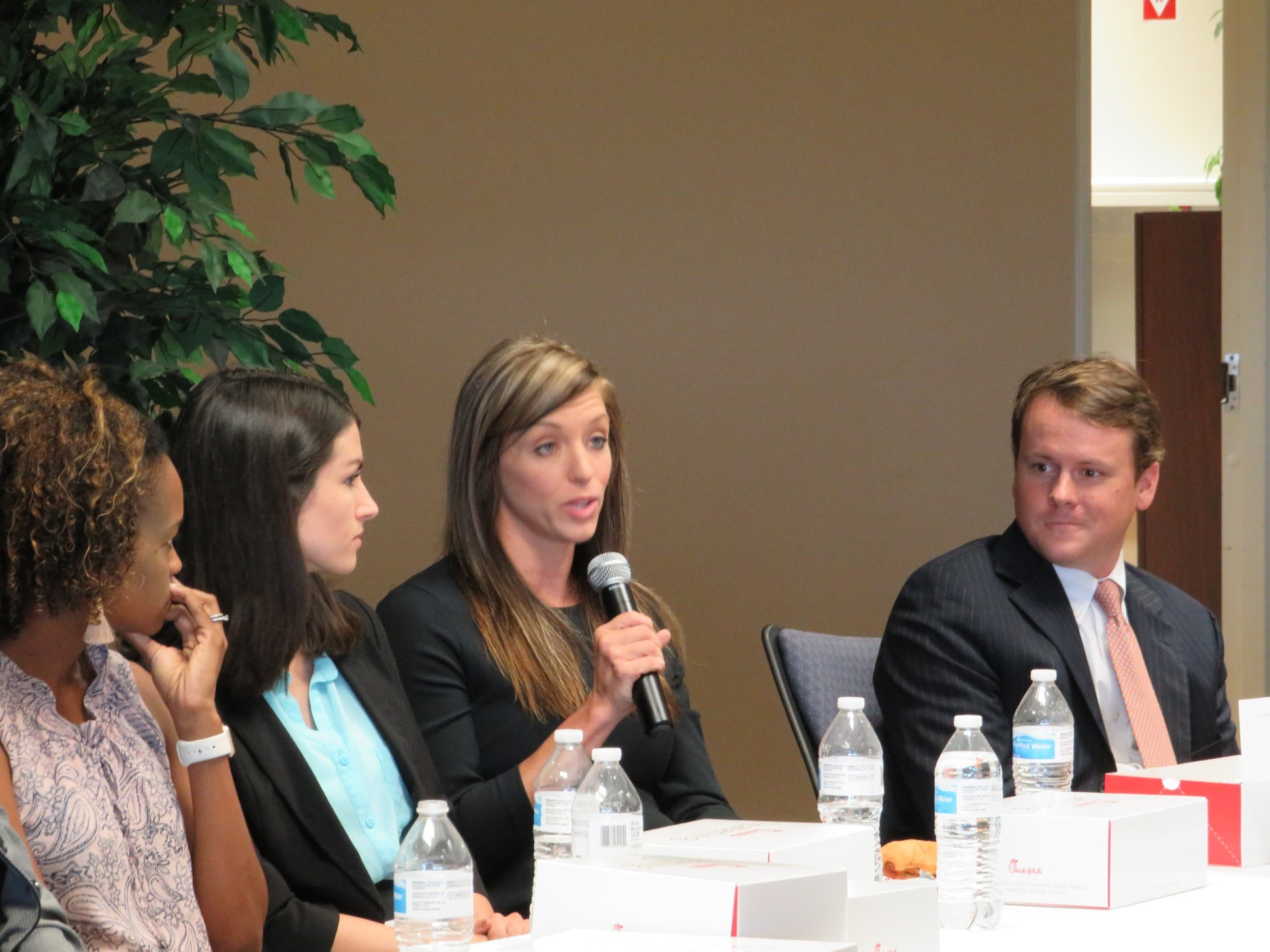 Managing Partners Giveback Through Local Law School Panel